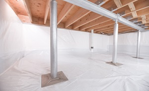 Crawl space structural support jacks installed in Chittenango
